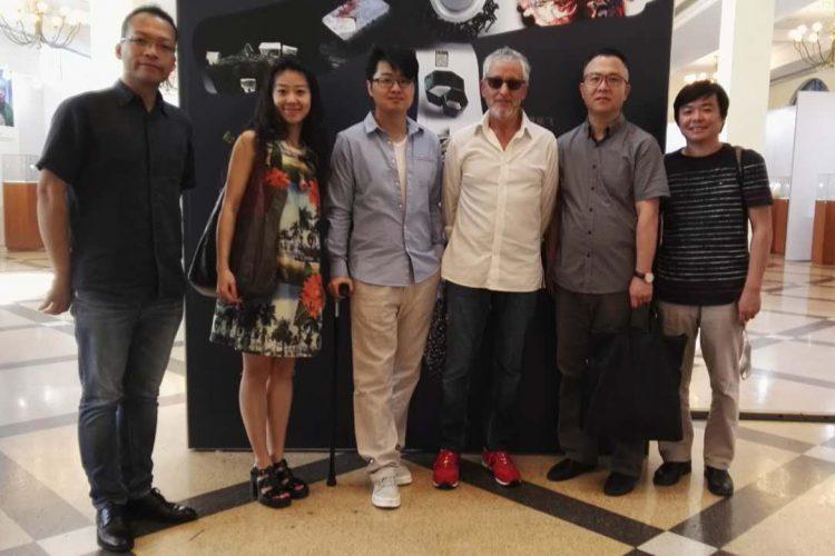 2015年9月欧纳菲珠宝学院院长访问上海首饰设计协会首饰设计展览